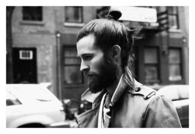 Post image for A Playlist Dedicated to Handsome Men with Top Knots